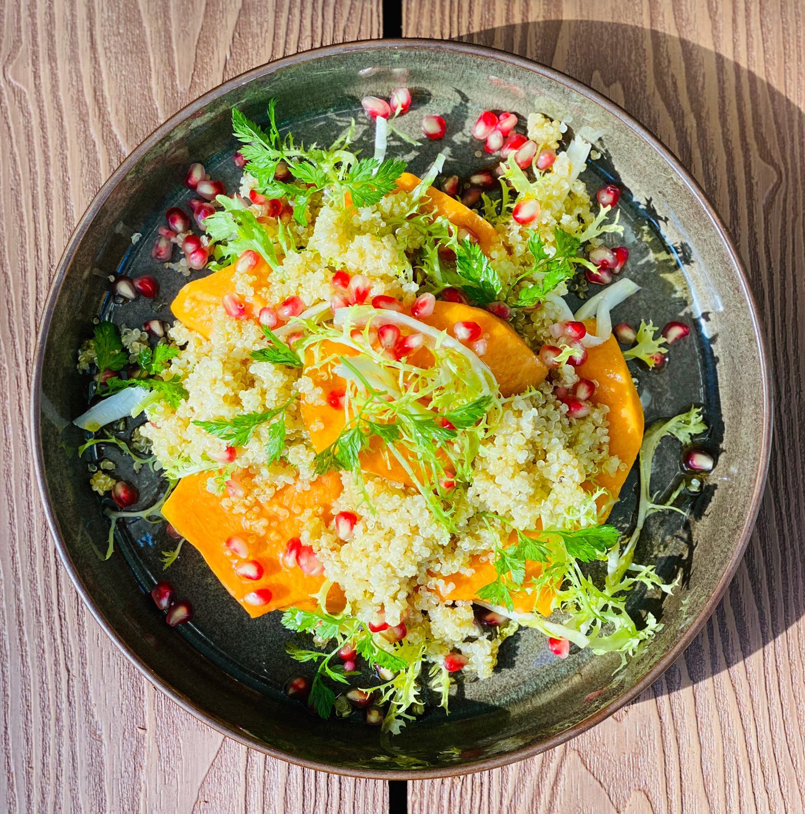 Salat vom Muskatkürbis | Granatapfel | Quinoa