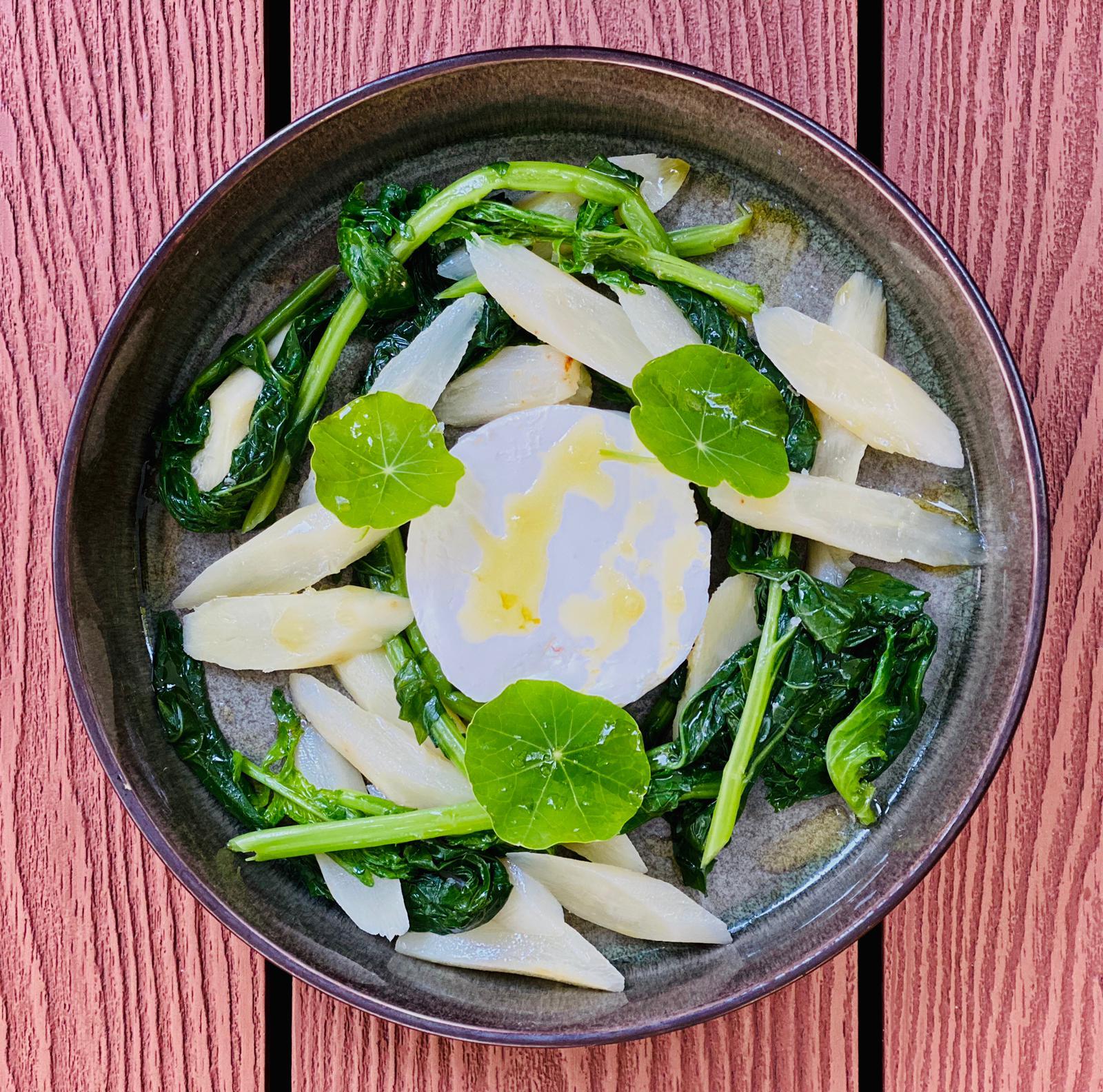 Salat von Schwarzwurzeln | wilder Brokkoli | Schafsfrischkäse